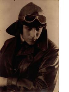 Guillermo Hillcoat - El Aviador